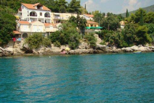 Tolle Villa mit eigenem Strand