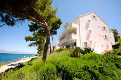 Wunderschöne Villa mit zwölf Apartments