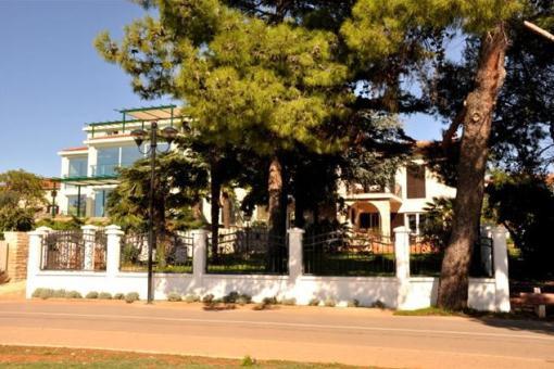 villa-aussenansicht-umag