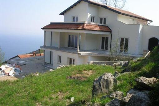 Geräumige Villa