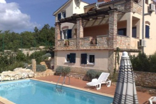 Villa mit Tennisplatz nur 10 km von Porec