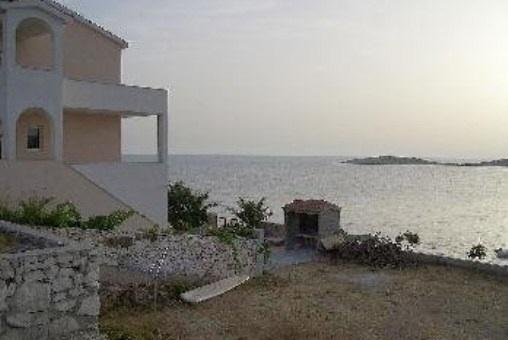 Tolle Villa in erster Meereslinie
