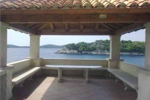 Terrasse-Ausblick-Kroatien